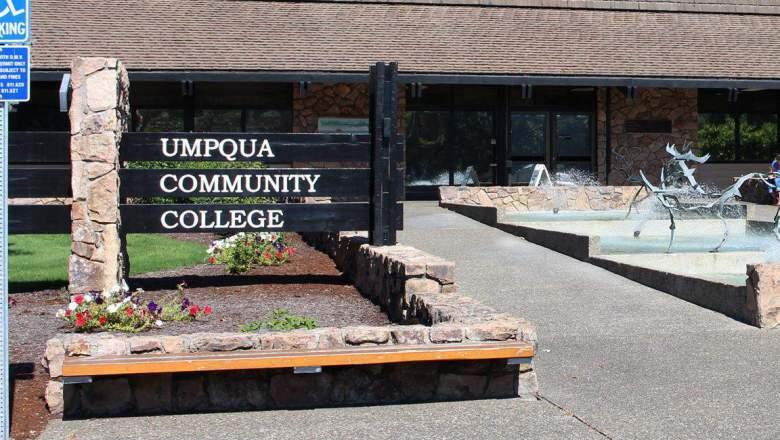 umpqua-community-college1-e1443731600266